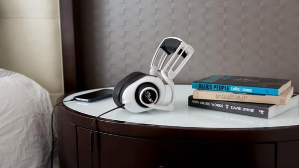 blue lola headphones